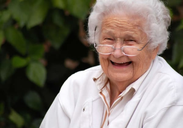 65641_smiling-old-lady-600x421