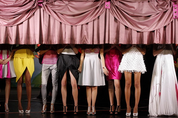 Models appear at the end of Portuguese designer Fatima Lopes' Spring/Summer 2009 women's ready-to-wear fashion collection show in Paris